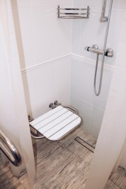 Nie ma fal, ale łazienki będą!